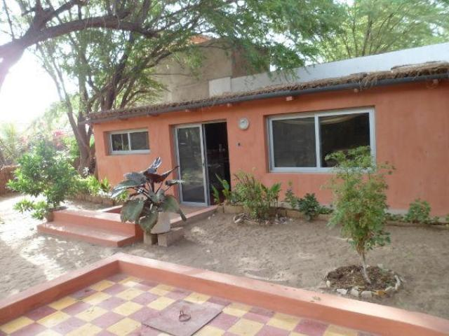 A louer maison meubl e 2 chambres avec jardin bango for Jardin 90m2