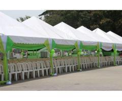 Location Table et chaises, tribune, bâche , tente ,stand